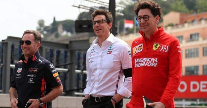 Mattia Binotto (Ferrari), Toto Wolf (Mercedes), Christian Horner (Red Bull)